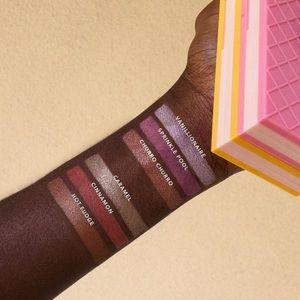 BNIB Museum Of Ice Cream Collection Blush Palette